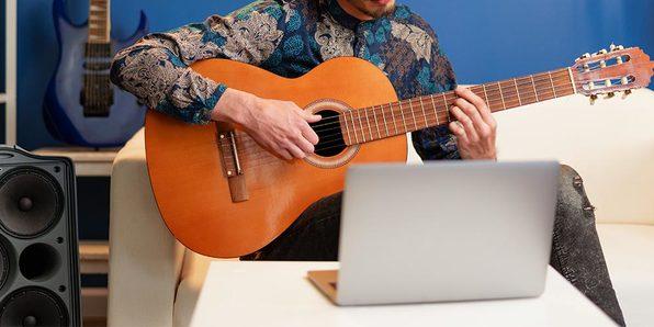 Complete 2021 Beginner to Expert Guitar Lessons Bundle
