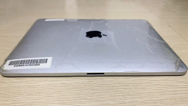 iPad With two ports