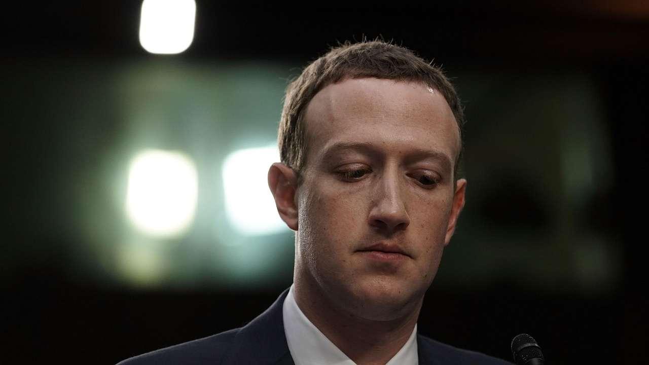 Facebook Data Leak Shows Even Mark Zuckerberg is on Signal