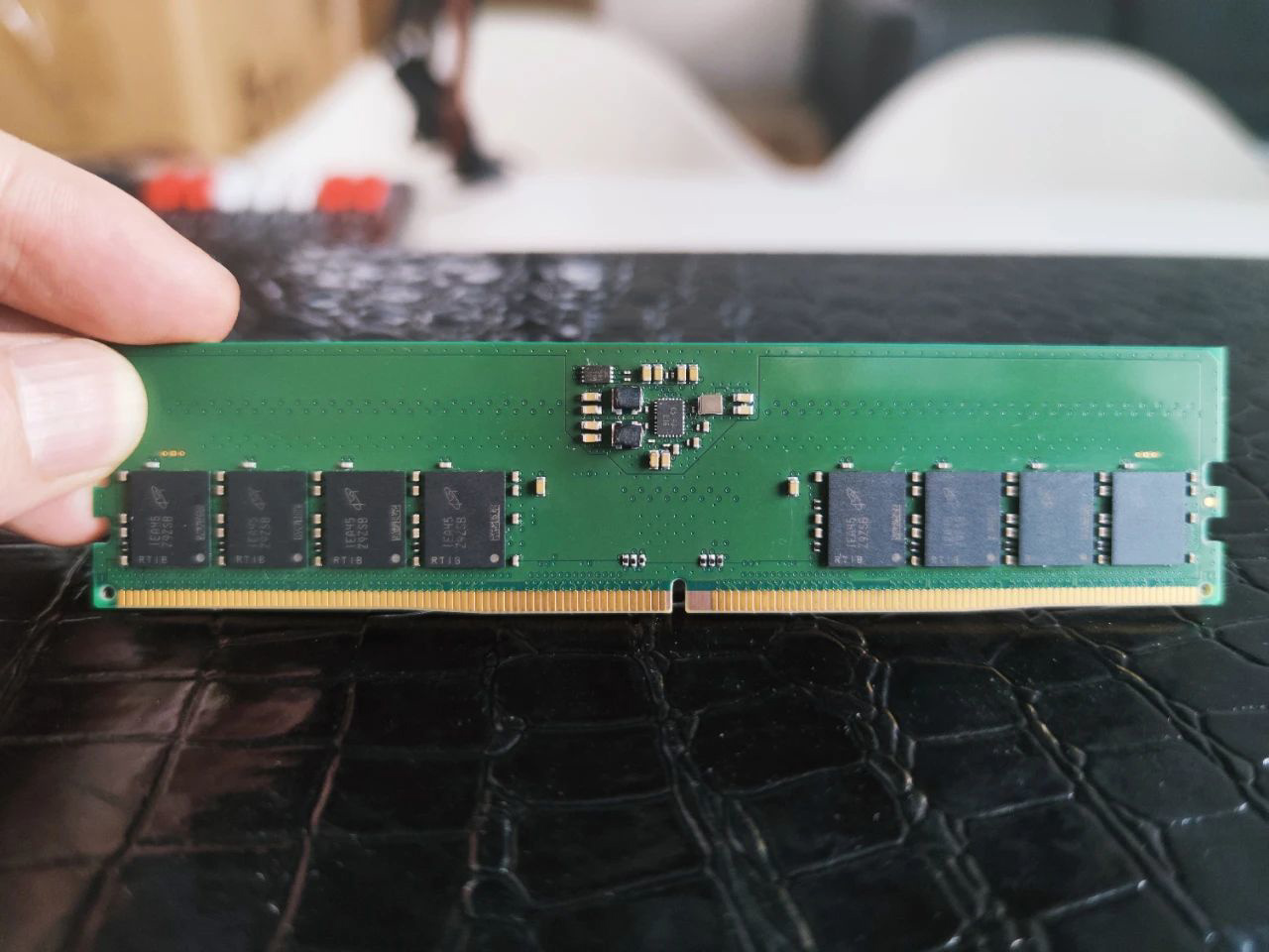 Модули памяти DDR5 будут доступны для платформ AMD и Intel следующего поколения позже в этом году