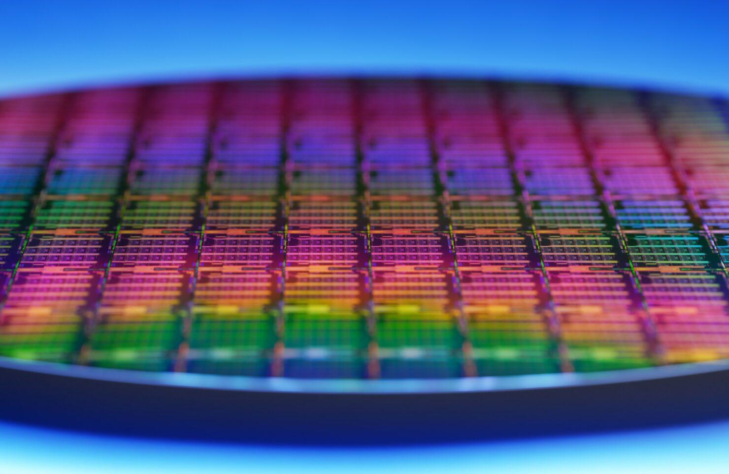 intel-3rd-gen-xeon-scalable-wafer-3-custom