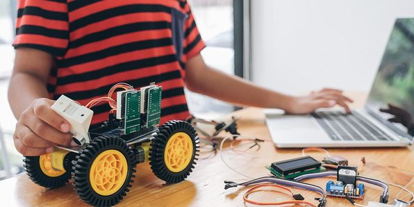 PIC Microcontroller Engineering Projects Course Bundle