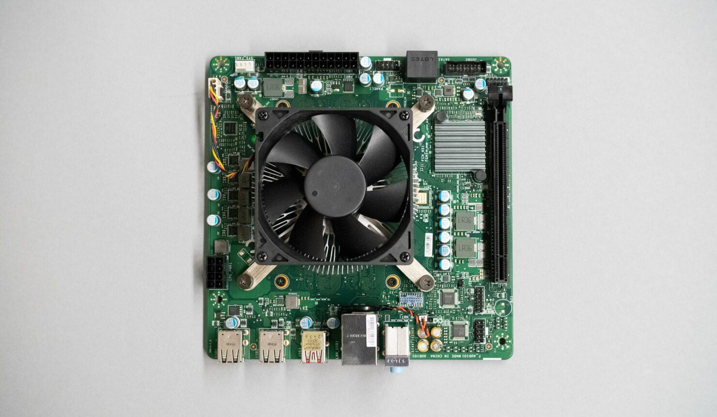 amd-4700s-desktop-pc-kit-xbox-series-x-apu_1