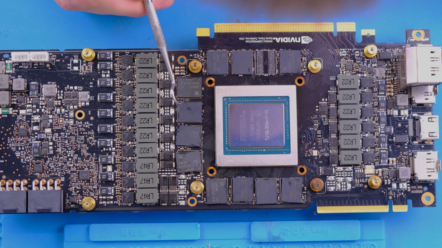 nvidia-geforce-rtx-2080-ti-22-gb-gddr6-graphics-card-mod-_4