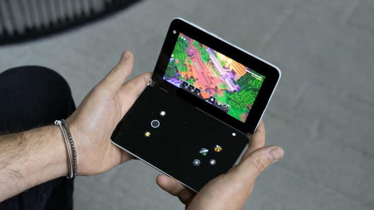 Surface Duo Becomes a Handheld Gaming Console With Touch Inputs and More Thanks to Microsoft