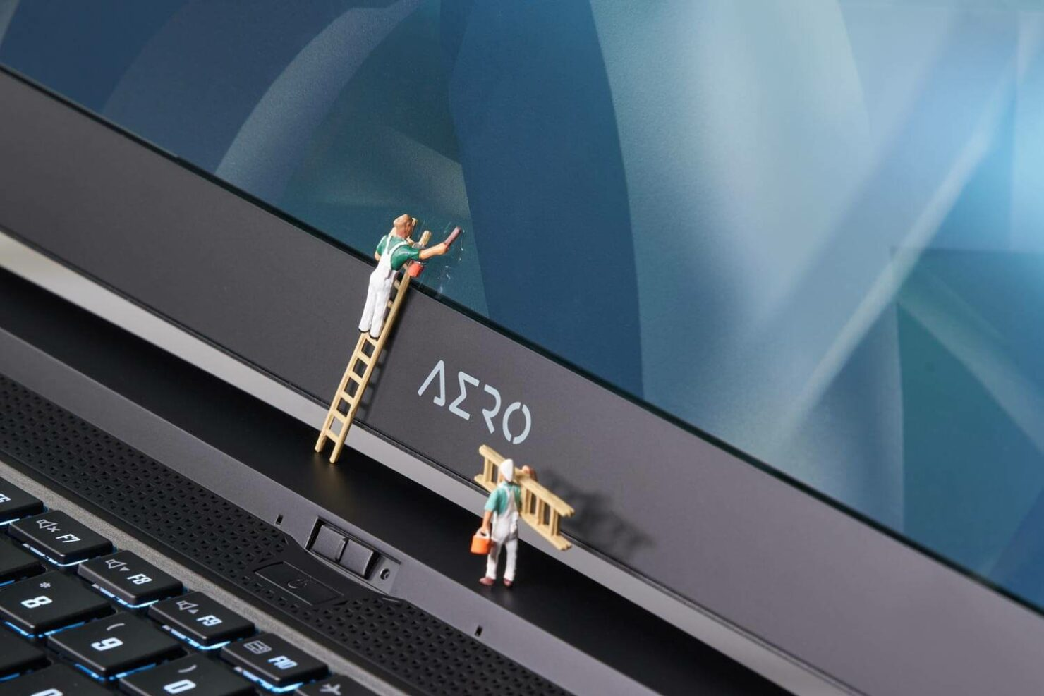 aero-intel-11th-gen-laptop-9