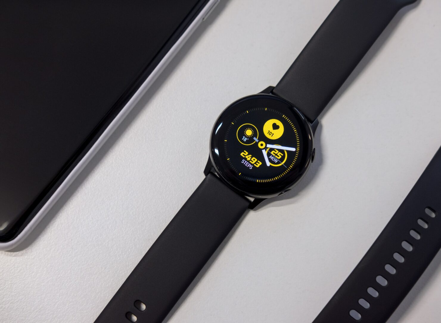 Galaxy Watch 4 Confirmed to Run Wear OS and One UI