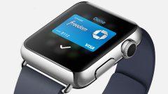 apple-watch-using-apple-pay
