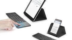 universal-mini-foldable-wireless-keyboard-with-touchpad