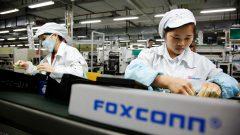 hon-hai-chairman-visits-foxconn-factory-amid-suicides