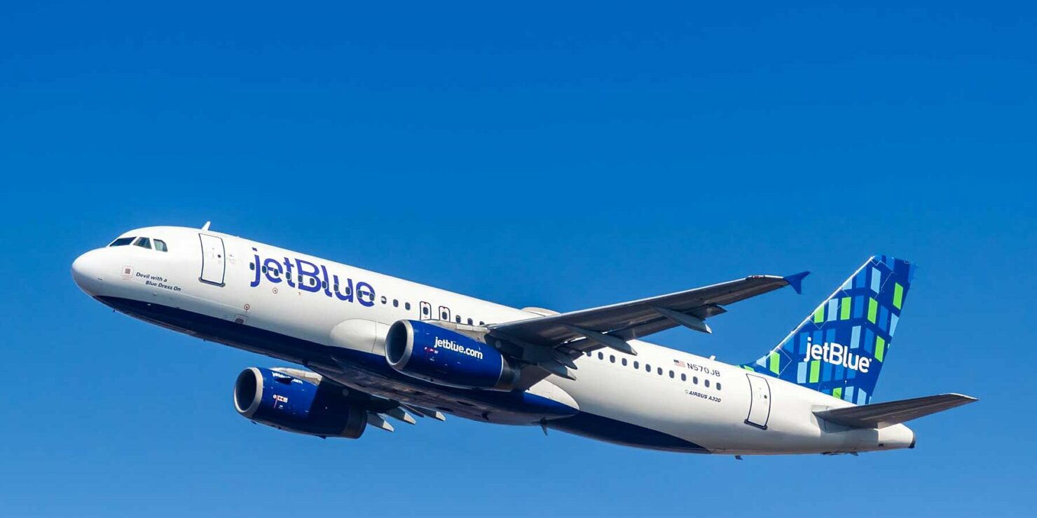 JetBlue Is Switching to M1 iPad Pro Models for All Its Staff Members