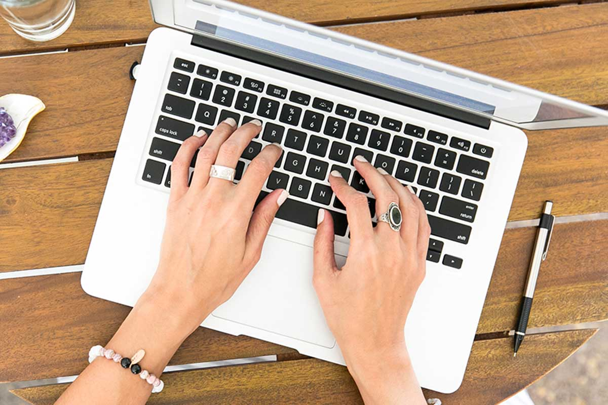 2021 Become a Freelance Writer Bootcamp Bundle