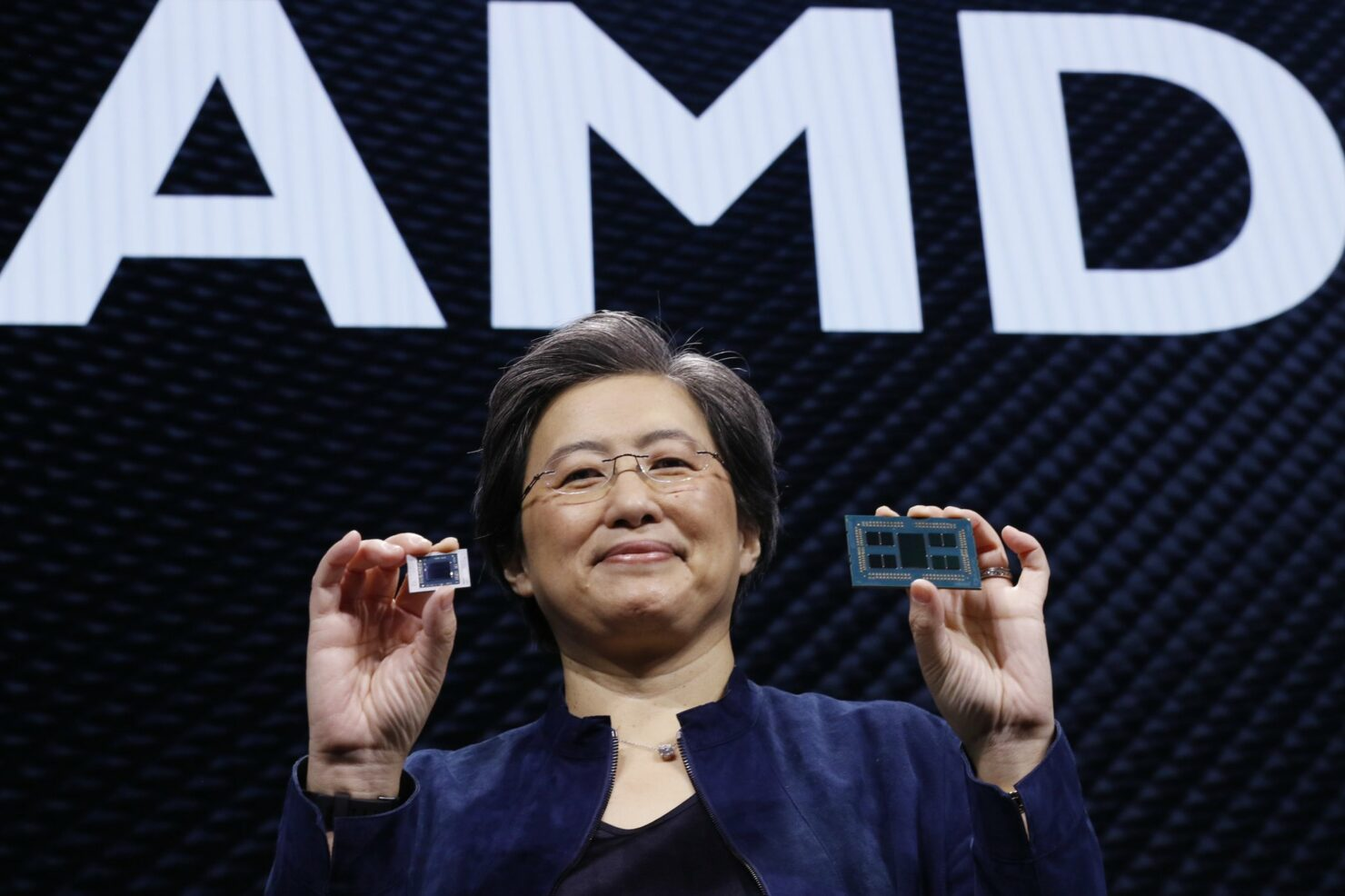 AMD CEO, Lisa Su, Expects Chip Shortages To Continue In First Half of 2022, Easing Down in Second Half