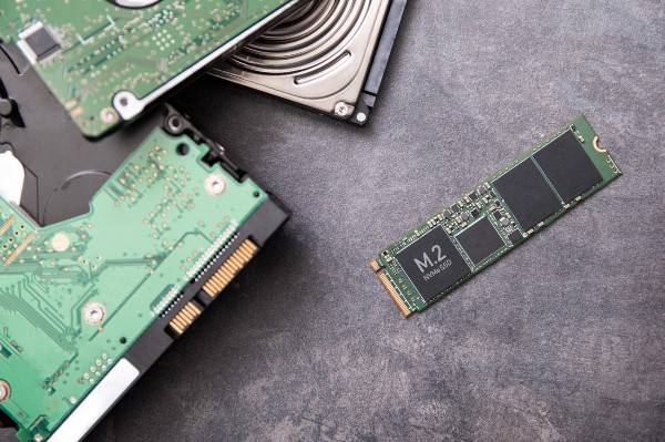 SSDs Continue to Outsell HDDs, Samsung Remains Top in Manufacturing & Sales