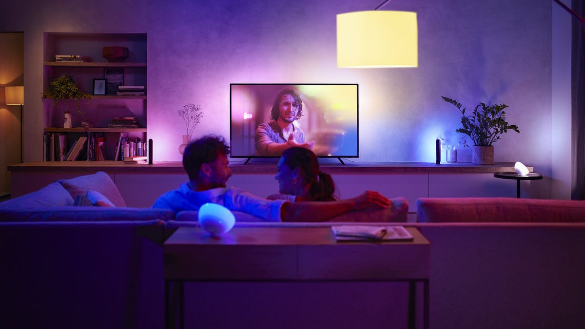Spotify and Philips Hue Announce Partnership That Will Link Your Music to Your Lights