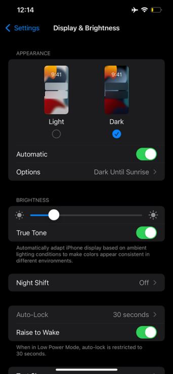 Dark mode on iOS 15