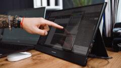 desklab-portable-touchscreen-monitor-3