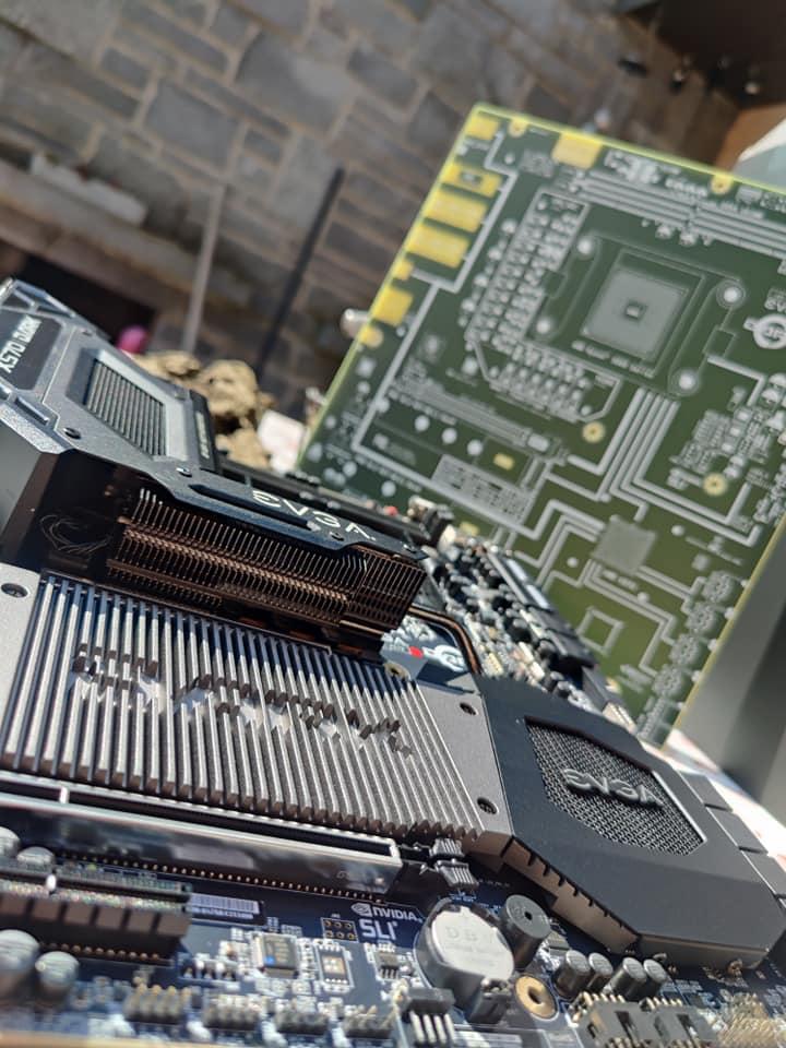 evga-x570-dark-motherboard-unboxing-_2