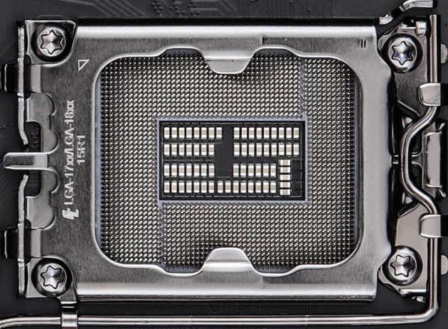 Intel LGA 1700 / 1800 '15R1′ Socket For 12th Gen Alder Lake & 13th Gen Raptor Lake Desktop CPUs Pictured