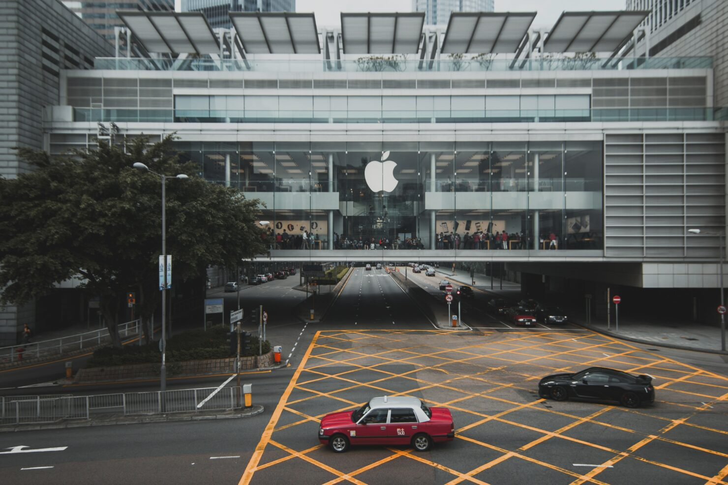 Google Puts Apple on the Witness Stands as It $5 Billion Fine