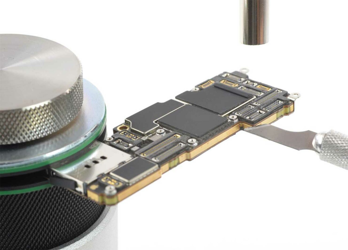 All iPhone 14 Models Could Feature QLC NAND Flash With Lower Read, Write Cycles to Save on Component Costs